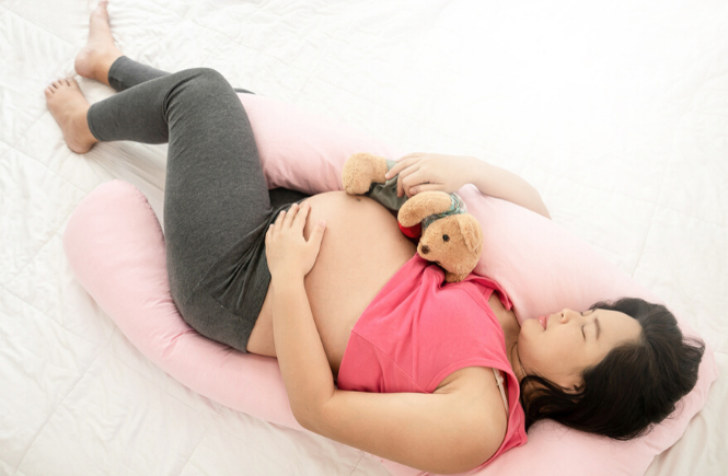 8 top-rated pregnancy pillows