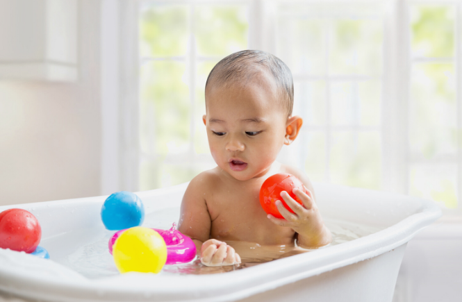 Playing in the bath tub- activities for kids.